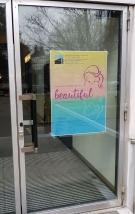 Plakat A1 am Eingang der KEN